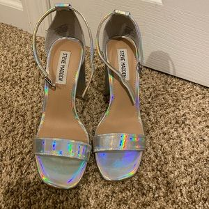 Selling Steve Madden shoes size 6